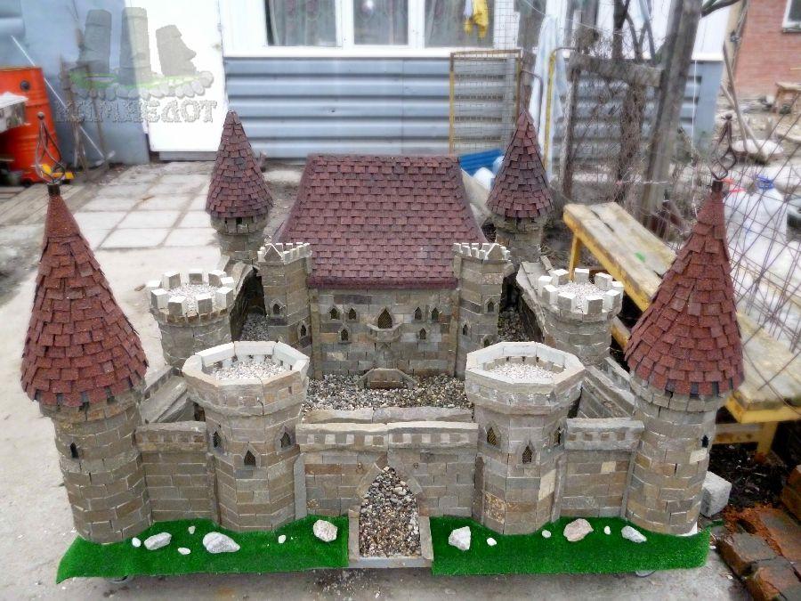 Замок из мусора своими руками 95
